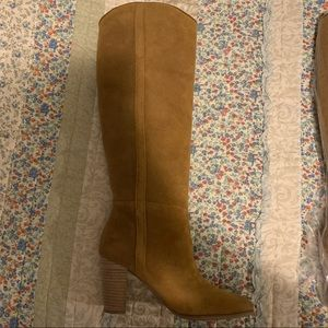 New Guess suede boots - size 8